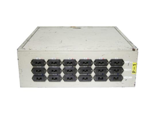 18口 100V 30A C型 カムロック付